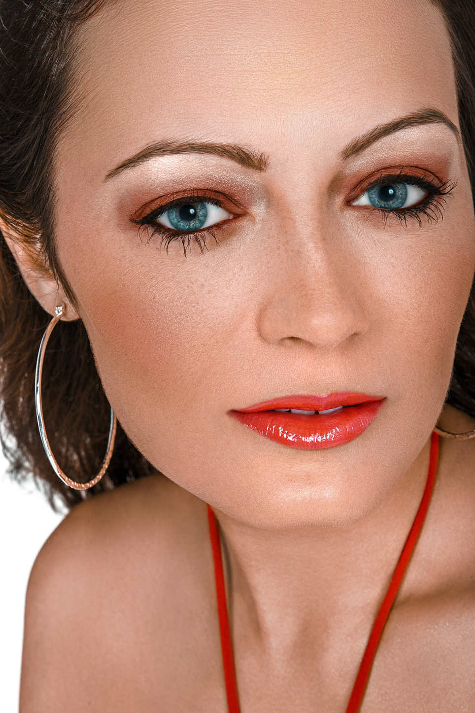 headshot of model and actress