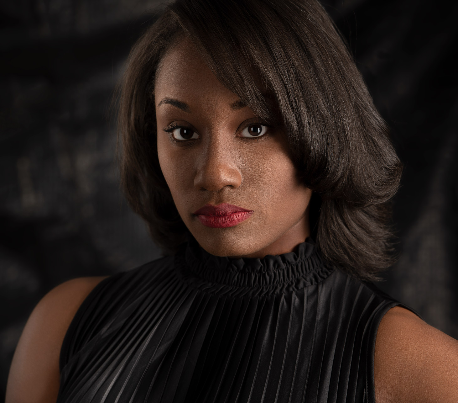 headshot of african american model actress