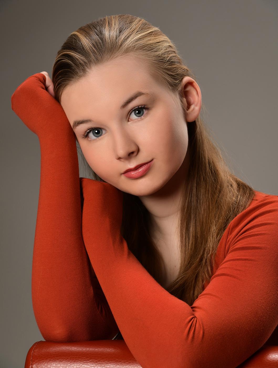 headshot of a teenage girl